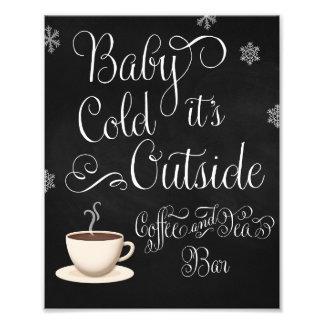 Foto Bebê é sinal exterior frio do casamento do bar de