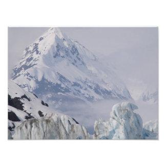 Foto bonita de uma montanha de Alaska