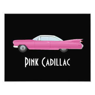 Foto Cadillac cor-de-rosa do vintage com fundo preto