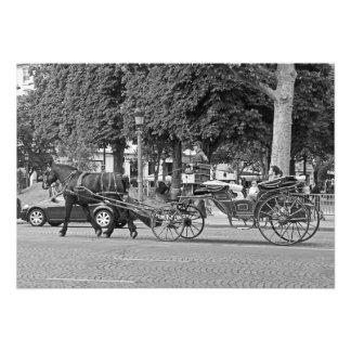 Foto Carruagem do cavalo no centro de Paris