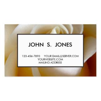 Foto cor-de-rosa do casamento do creme cartão de visita