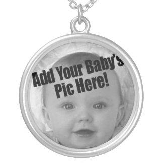Foto do bebê colar banhado a prata