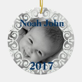 Foto do bebê & enfeites de natal feitos sob