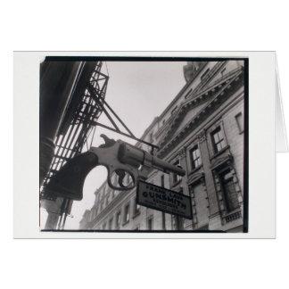 Foto do Gunsmith de NYC pelo cartão de Berenice