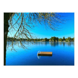 Foto Lago congelado no meio-dia