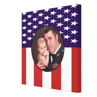 Foto militar patriótica do costume da bandeira ame impressão em canvas