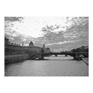 Foto Nivelamento. Sena. Pontes. Paris