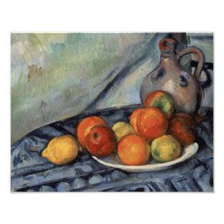 Foto Paul Cezanne - fruta e um jarro em uma mesa