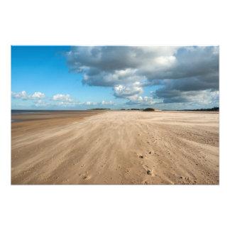 Foto Poços em seguida a praia do mar