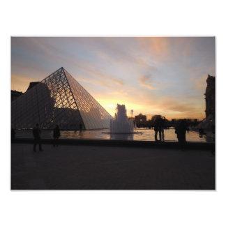 Foto Por do sol no Louvre
