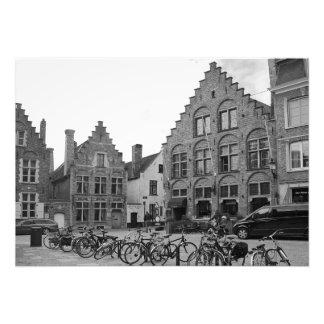 Foto Quadrado velho com elementos modernos. Bruges