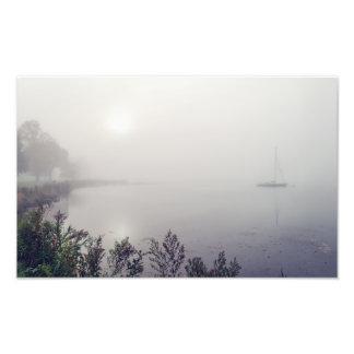 Foto Veleiro na névoa