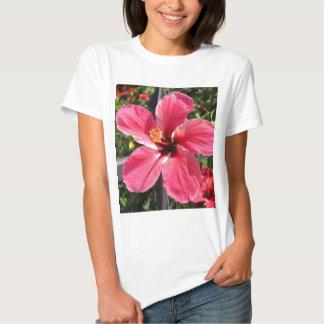 Foto vermelha brilhante do hibiscus camiseta