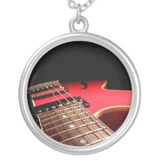 Foto vermelha da guitarra elétrica - PERSONALIZE Colar Personalizado