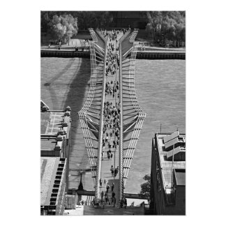 Foto Vista da ponte do milênio