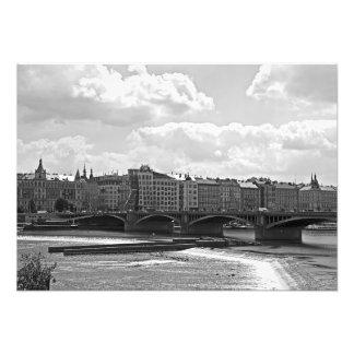 Foto Vista do Vltava, ponte de Jiraskuv, casa de dança