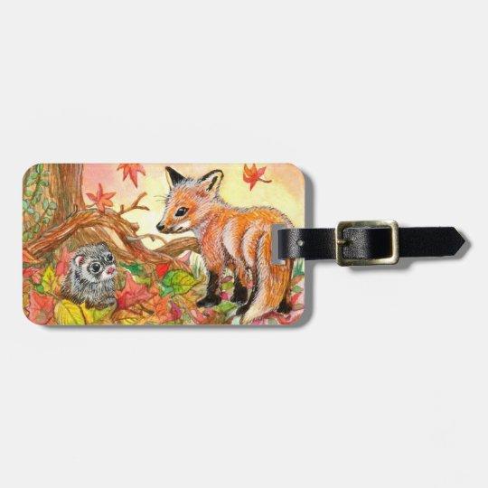 Fox e doninha nas folhas de outono etiqueta de bagagem