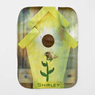 Fralda De Boca Birdhouse por Shirley Taylor