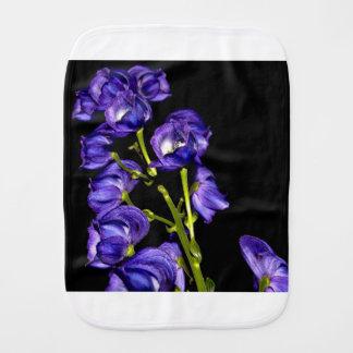Fralda De Boca Obscurece lilás flor