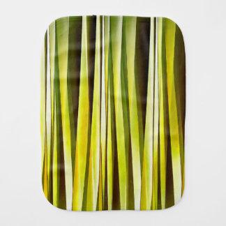 Fralda De Boca Ocre amarelo e linhas Stripy teste padrão de Brown