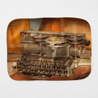 Fralda De Boca Steampunk - a história da dactilografia