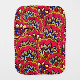 Fralda De Boca Teste padrão floral vibrante vermelho asiático