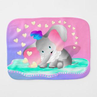 Fraldinha De Boca Elefante bonito e corações