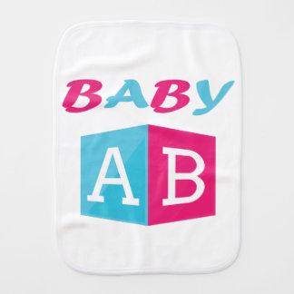 Fraldinha De Boca O bebê ABC obstrui