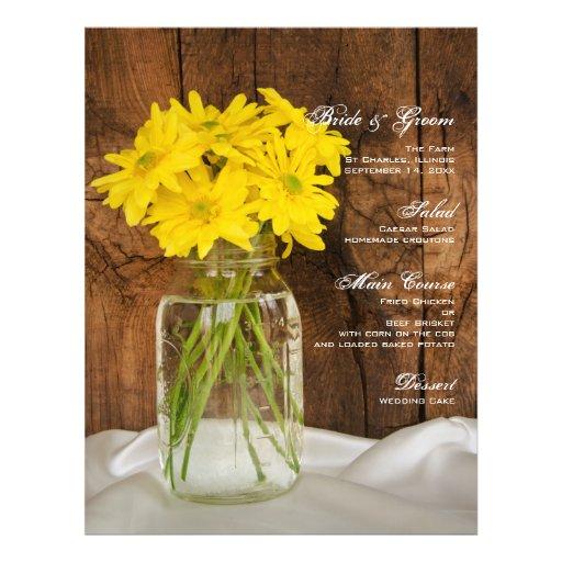 Frasco de pedreiro e menu amarelo do casamento do  modelo de panfleto