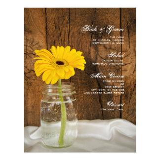 Frasco de pedreiro e menu amarelo do casamento do  modelo de panfletos