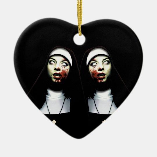 Freiras do horror ornamento de cerâmica coração
