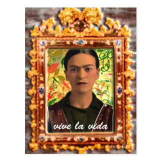 Frida Kahlo Reflejando Cartão Postal