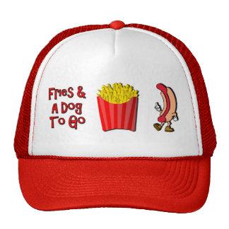 Friess e cão a ir boné