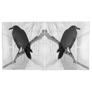 Fronha de almofada enorme do corvo japonês