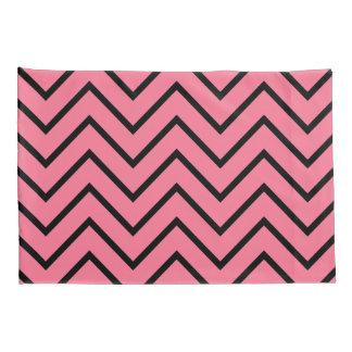Fronha de almofada pretas e cor-de-rosa de Chevron
