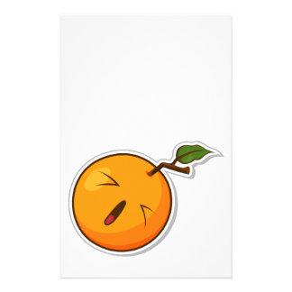 Fruta engraçada com expressão - laranja panfletos