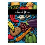 Frutas e legumes coloridas no cartão azul