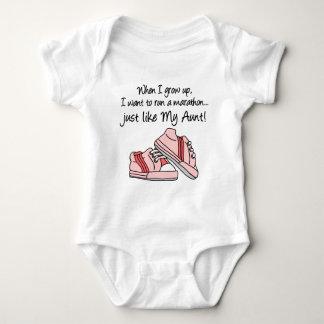 Funcione a maratona apenas como minha tia body para bebê