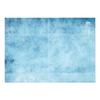 Fundo congelado azul bonito dos céus convite