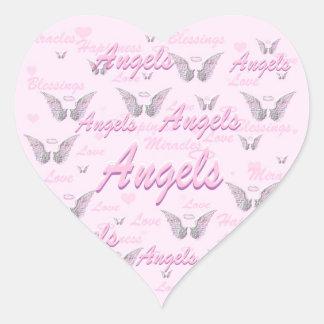 Fundo cor-de-rosa com asas do anjo adesivo coração