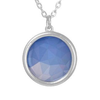 Fundo do polígono do abstrato do azul de pó baixo colar banhado a prata