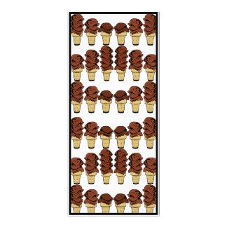 Fundo dos cones do sorvete do chocolate panfleto