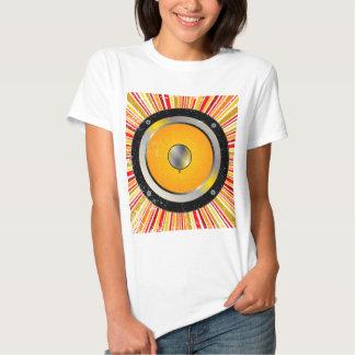 Fundo retro do auto-falante t-shirt