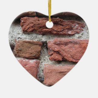 Fundo velho da parede de tijolo ornamento de cerâmica