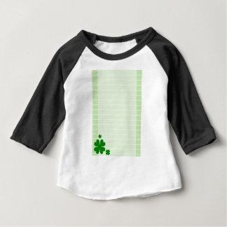 Fundo verde camiseta para bebê