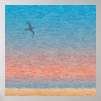 Gaivota voando ao entardecer pôster