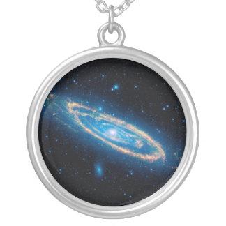 Galáxia do Andromeda Colar Com Pendente Redondo