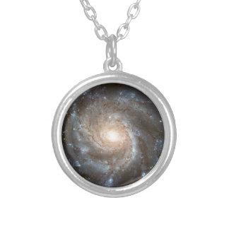Galáxia do Pinwheel Colar Com Pendente Redondo