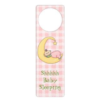 Gancho de porta cor-de-rosa do sono do bebê sinal de porta