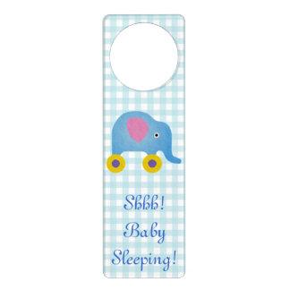 Gancho de porta do sono do bebê azul sinais para porta